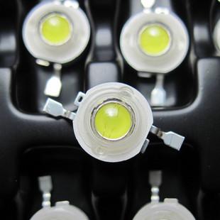 Šviesos diodas 1W 90 lm 120°