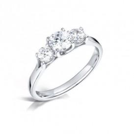 Sužadėtuvių žiedas su kokybiškais trimis deimantais