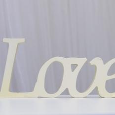 """Vientisas užrašas """"Love"""" (Už-12)"""