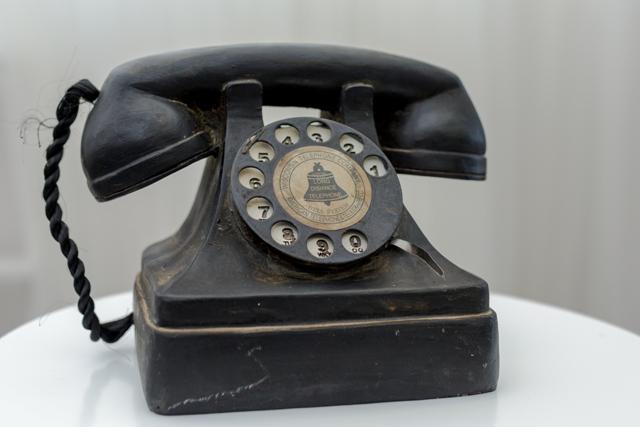 Dekoratyvinis  juodas telefonas (D-11)