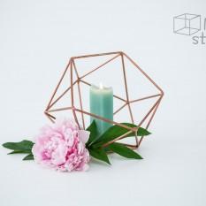 Vario spalvos daugiakampė geometrinė figūra (D-19)