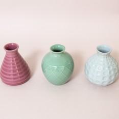Pastelinių spalvų keramikinės vazelės(Vv-15)